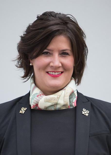Vivian-Jessica Schiller, Schlosshotel Hugenpoet